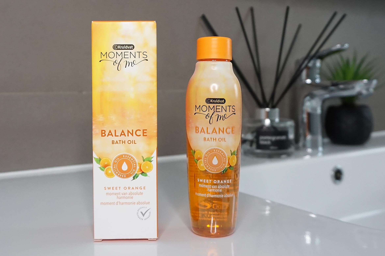 kruidvat-moments-of-me-balance-bath-oil-review