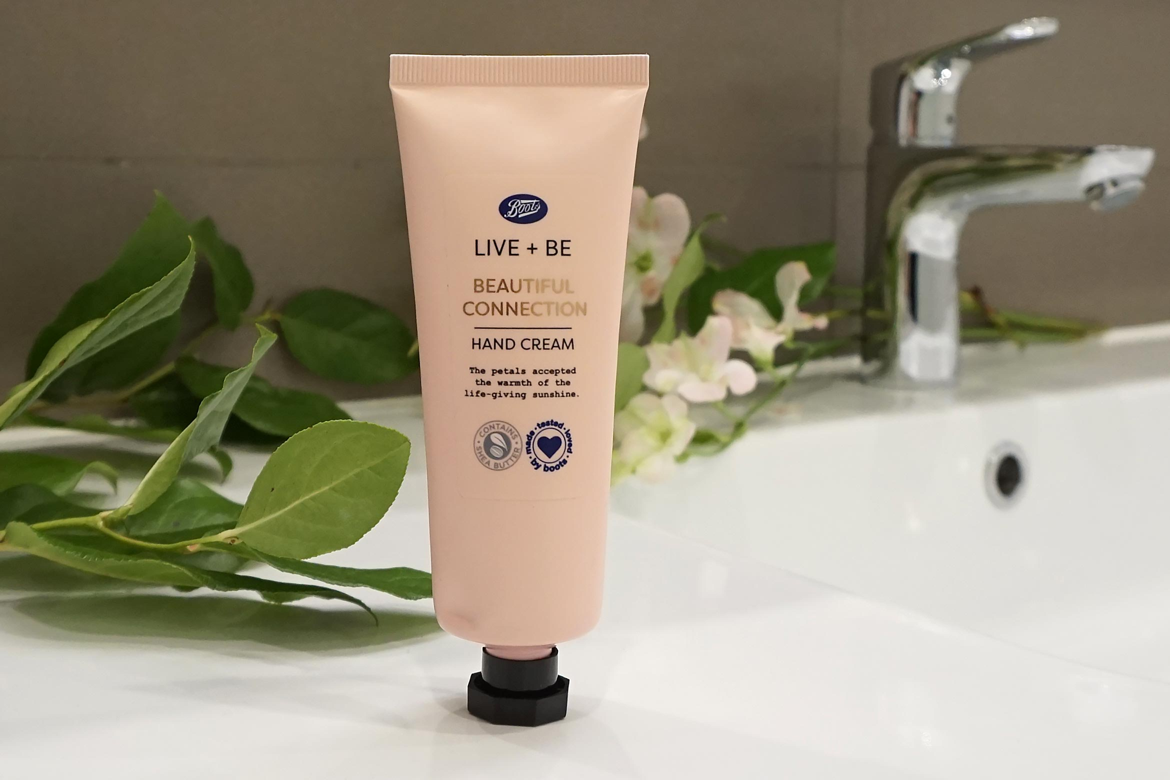 boots-live-be-beautiful-connection-hand-cream-review