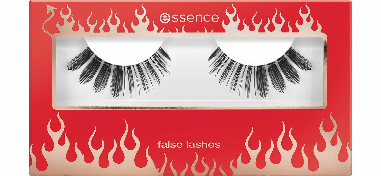 essence-false-lashes-dansing-with-the-devil