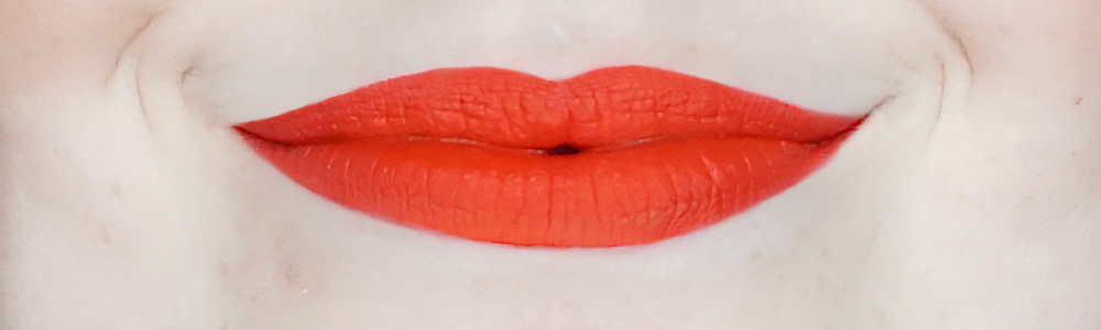 Bourjois-Rouge-Edition-Velvet-20-poppy-days-review-swatch