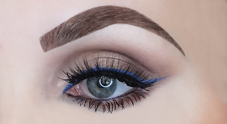 collistar for your eyes only eye shadow stick navy 9 swatch review