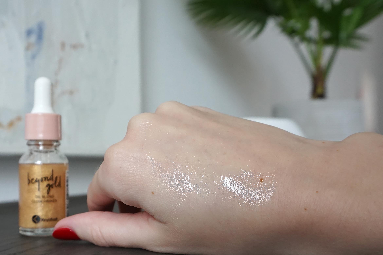 kruidvat beyond gold oil blend glow primer swatch review