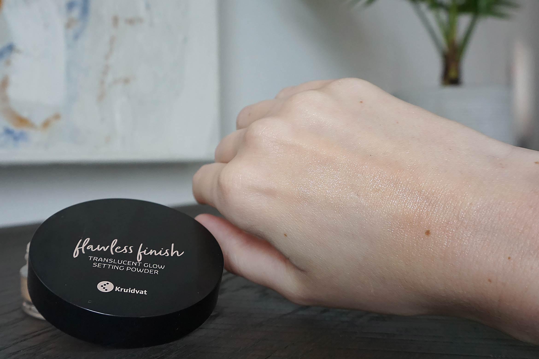 kruidvat flawless finish transculent glow setting powder swatch review