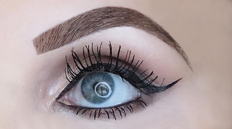 eyeko skinny brush mascara review look-3