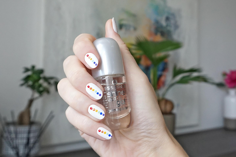 rainbow nail art essence-3