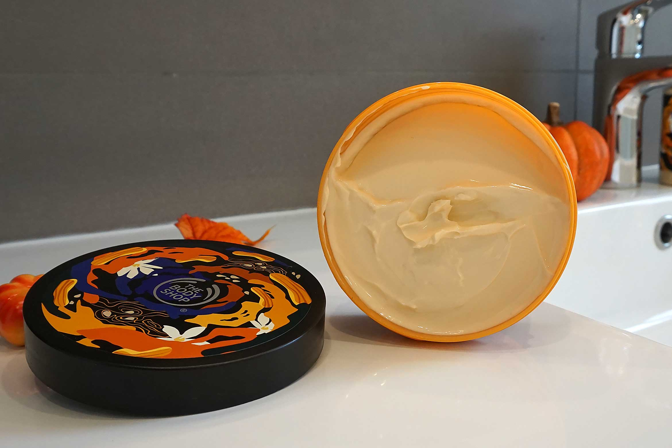 the body shop vanilla pumpkin body butter review-1