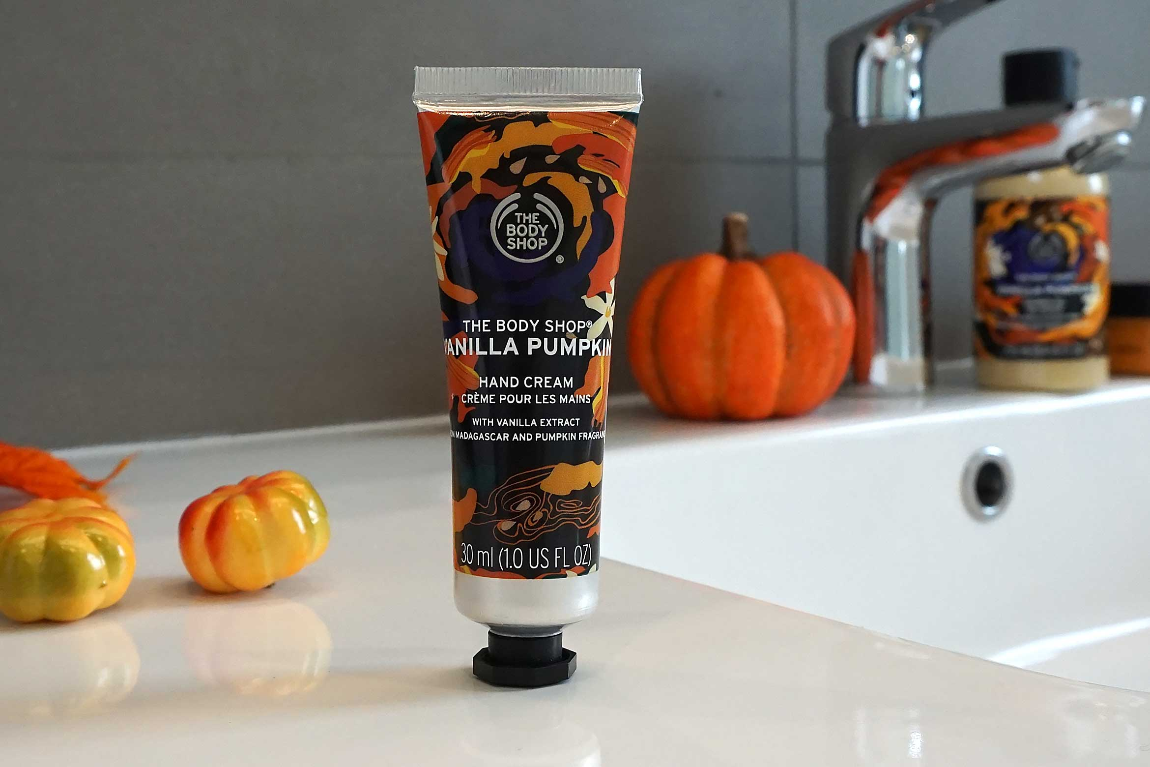 the body shop vanilla pumpkin hand cream review
