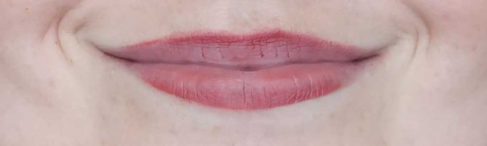 catrice full satin nude lipstick swatch 050 full of boldness review-3
