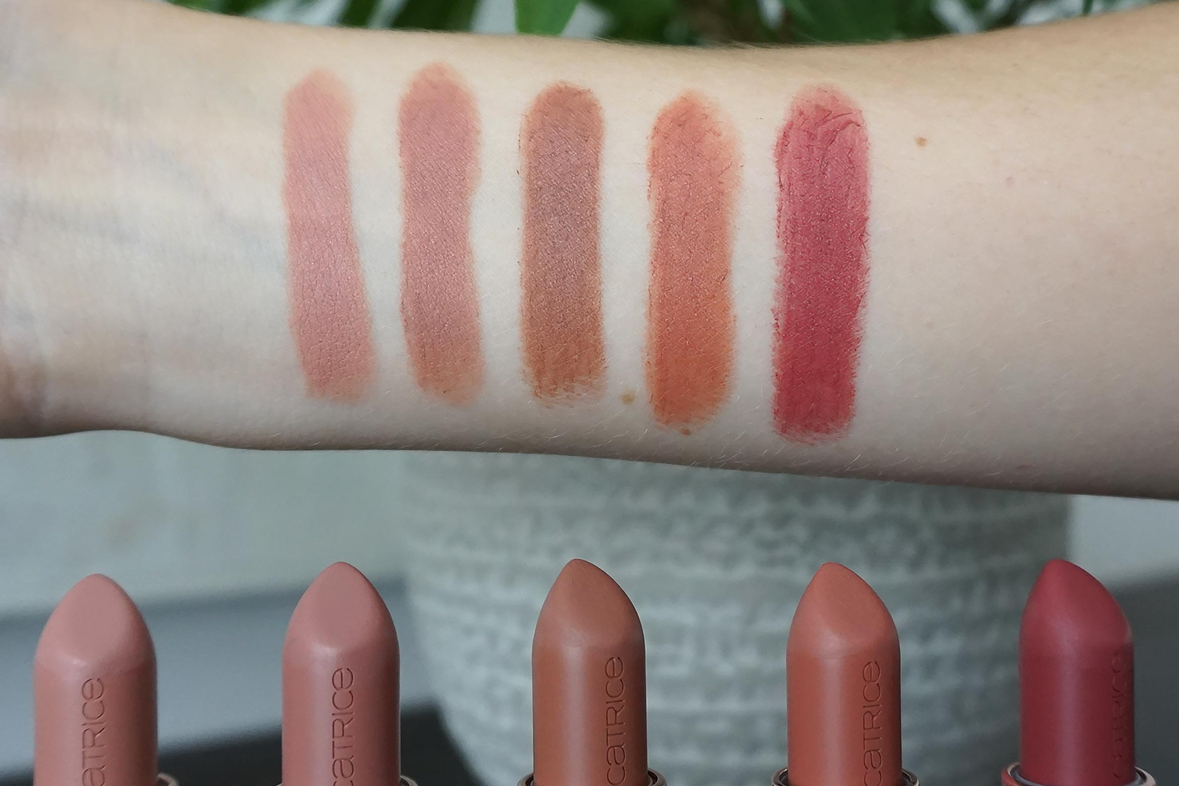 catrice full satin nude lipstick swatch review