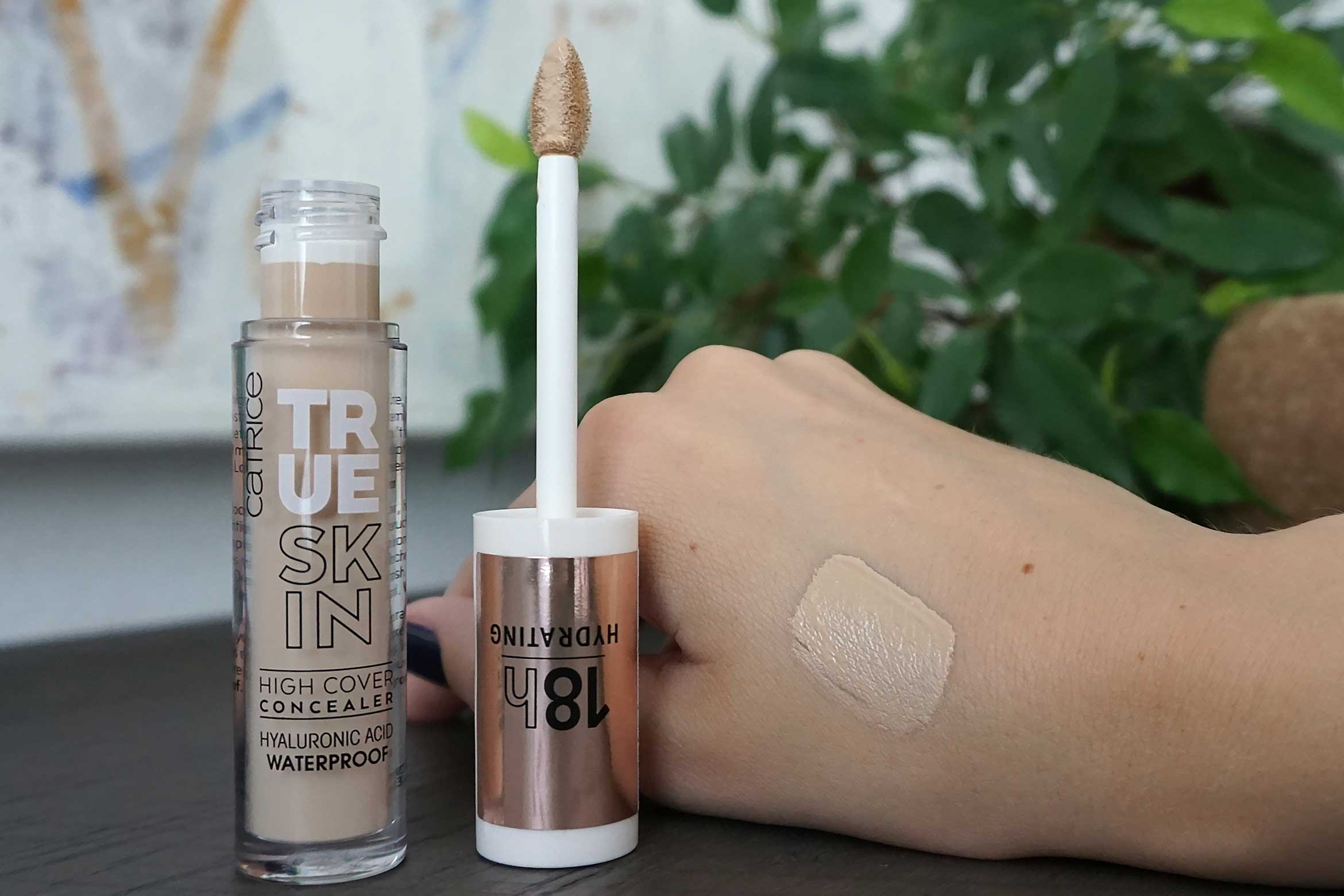 catrice true skin high cover concealer swatch 010 cool cashmere review