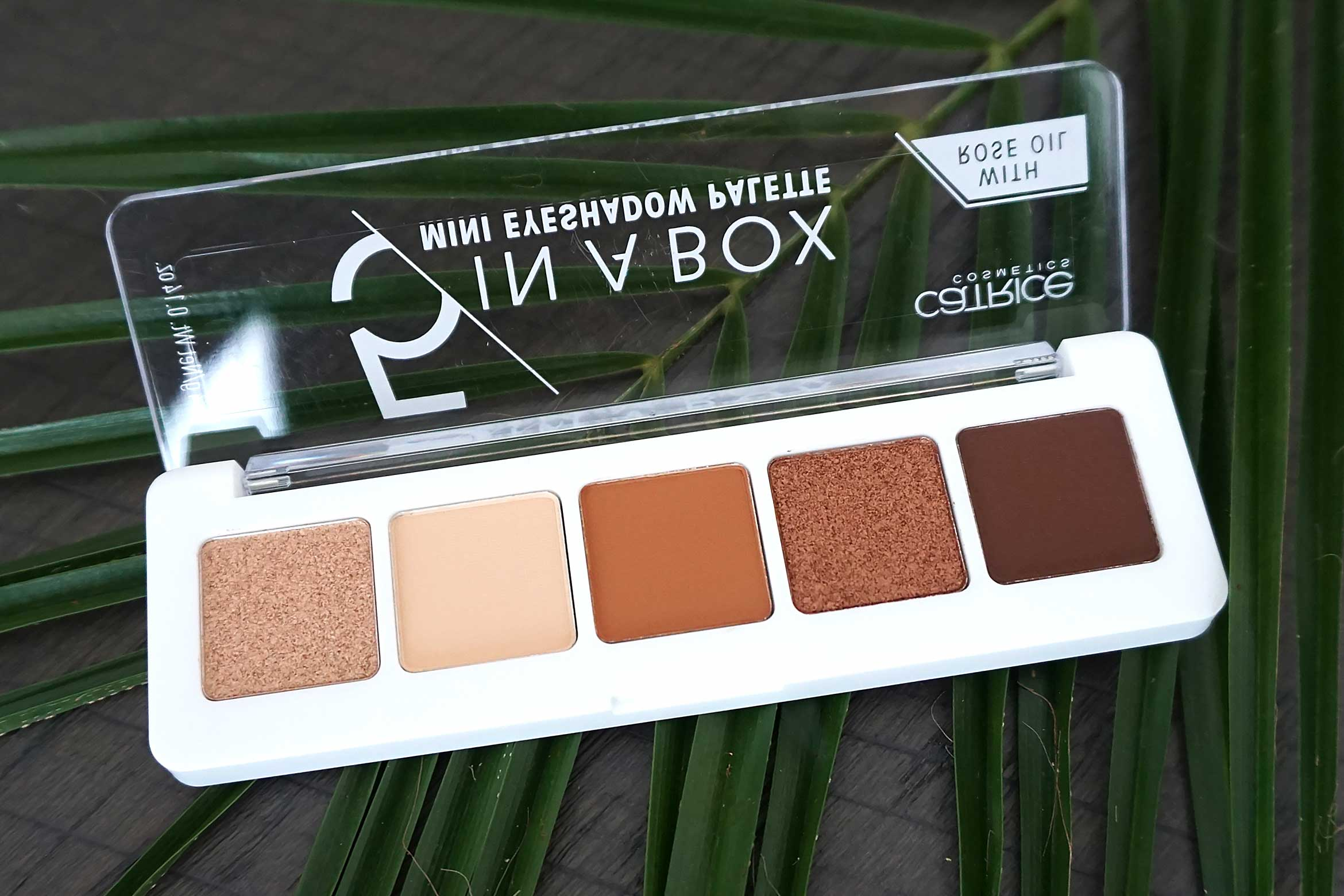 catrice 5 in a box mini eyeshadow palette review 030 warm spice look