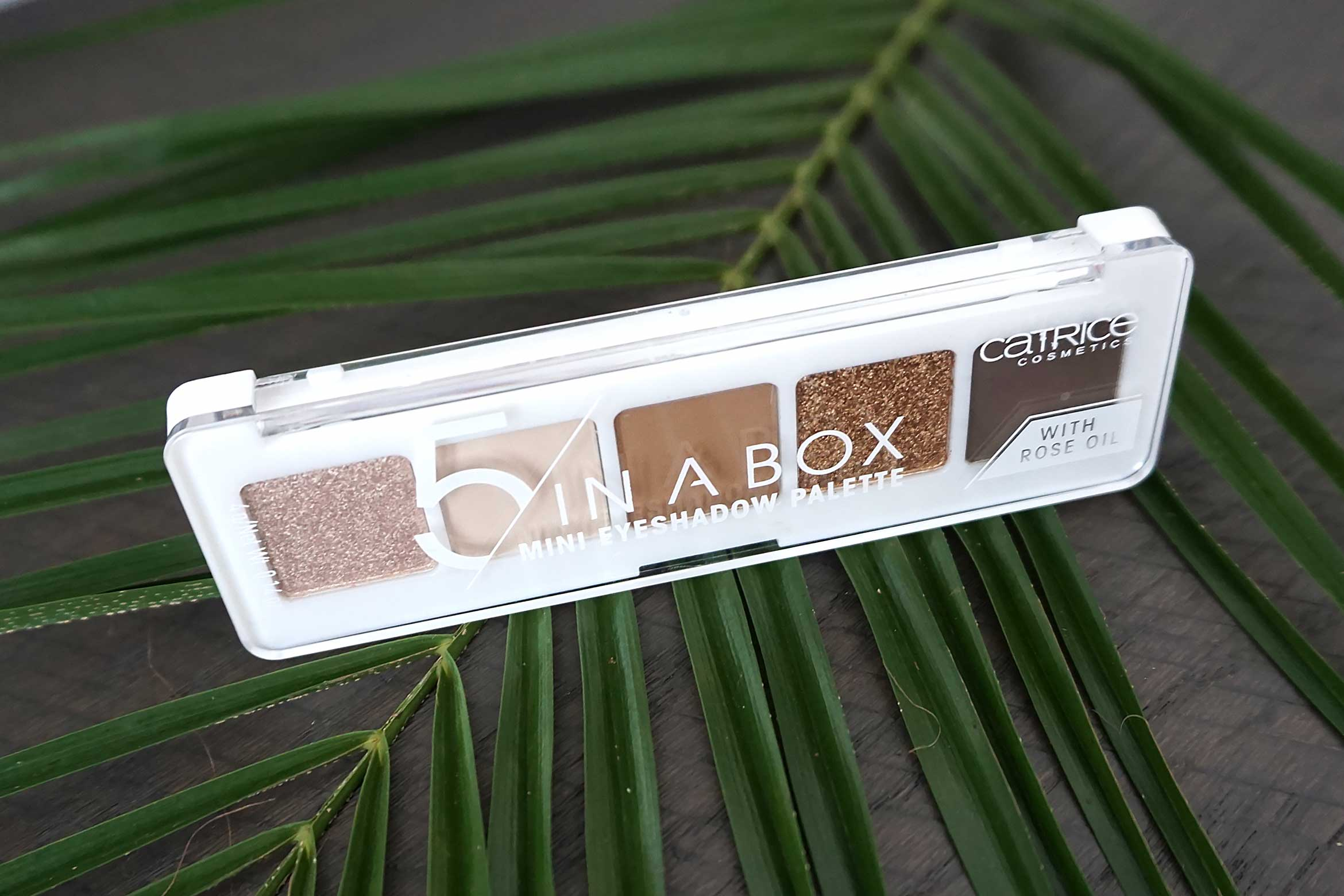 catrice 5 in a box mini eyeshadow palette review-1