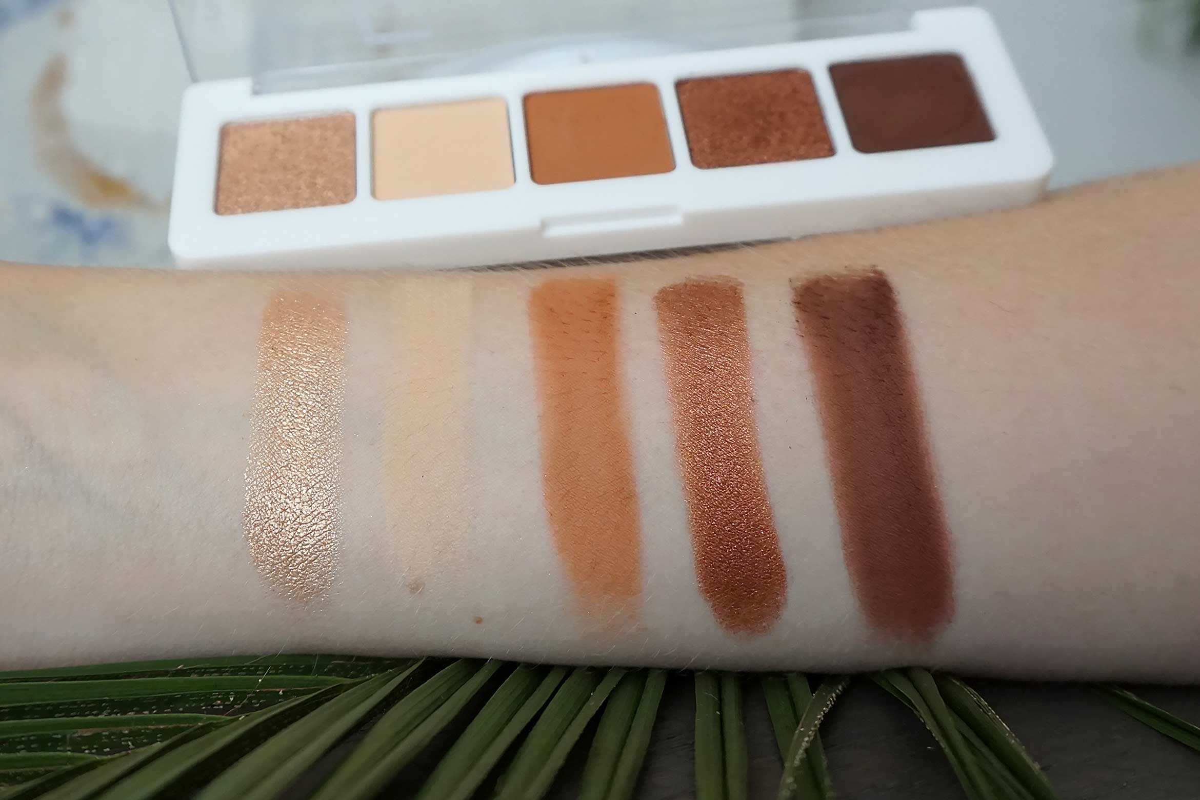 catrice 5 in a box mini eyeshadow palette swatch 030 warm spice look review