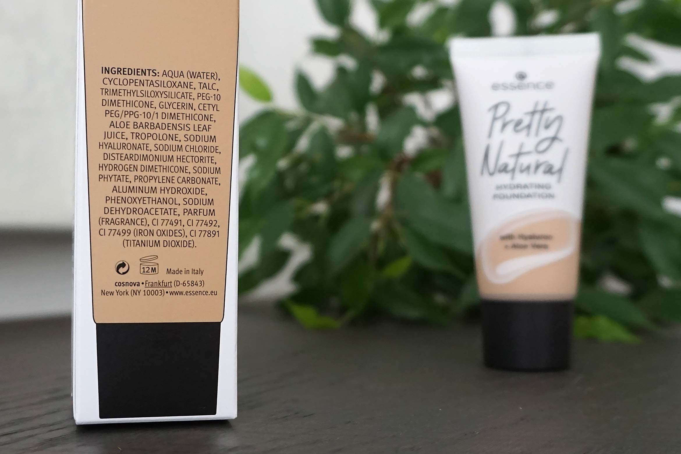 essence pretty natural hydrating foundation review-1