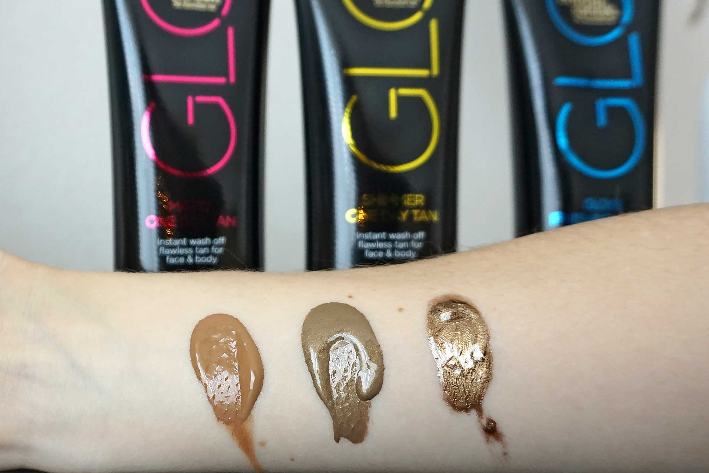 Bondi Sands Glo swatch review