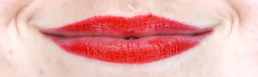 Deborah Milano Formula Pura lipstick swatch 10 Fire Red-1