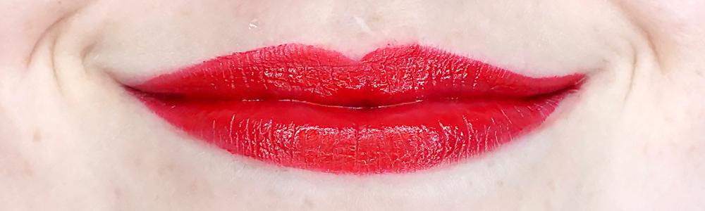 Deborah Milano Formula Pura lipstick swatch 10 Fire Red