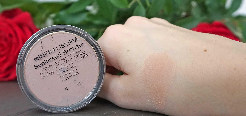 mineralissima minerale bronzer swatch sunkissed