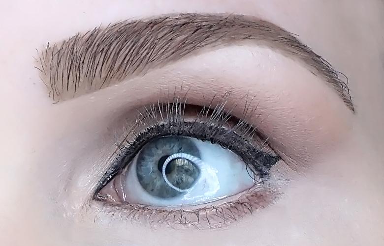 l'oreal bambi oversized eye mascara review look-1