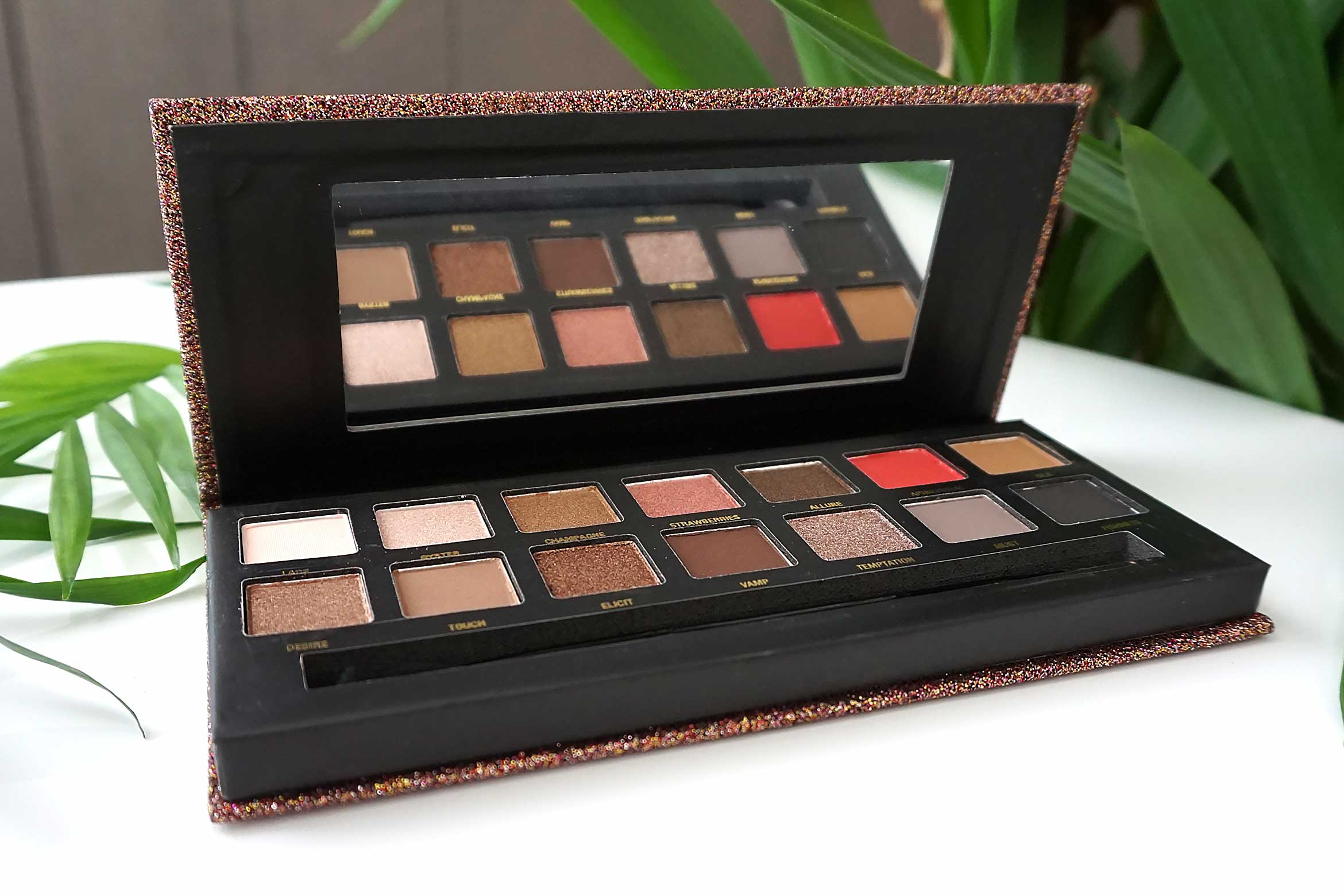 w7 seduced eyeshadow palette review-2