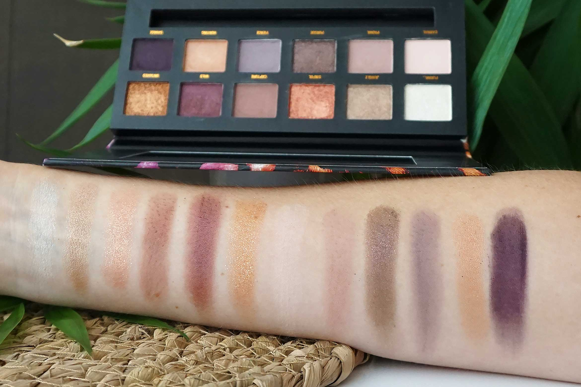 w7 wild eyes eyeshadow palette swatch review