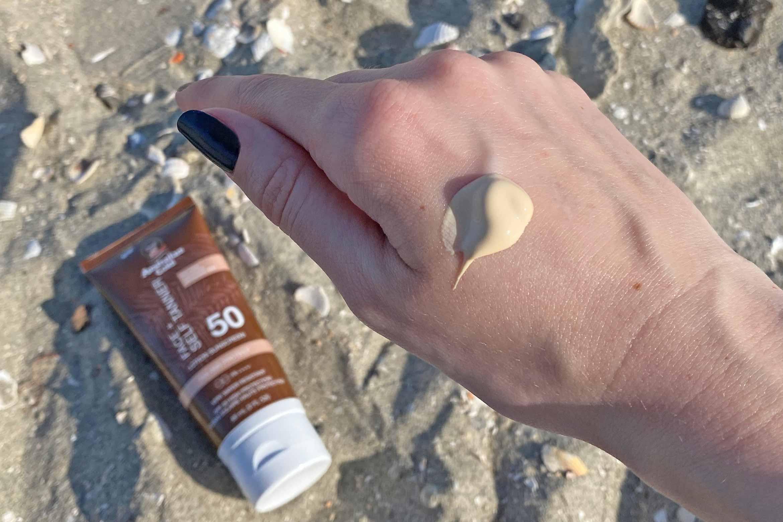 australian Gold SPF 50 Face + self tanner review