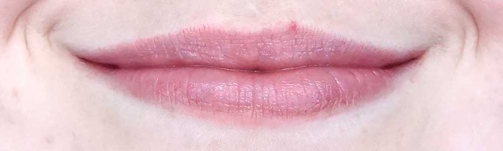 essence what the fake plumping lip filler review effect
