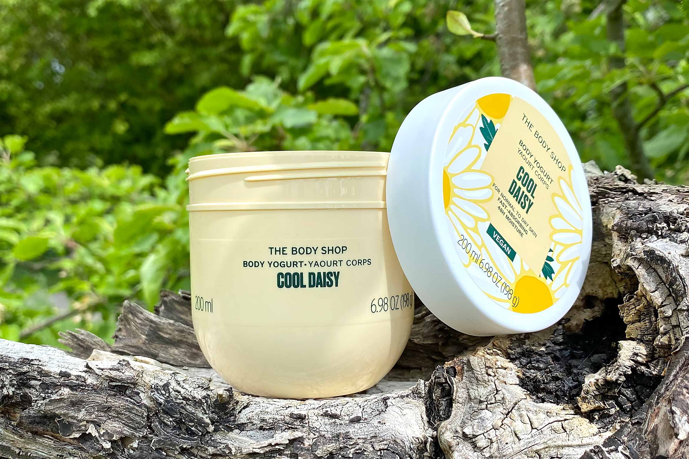 the body shop cool daisy body yoghurt review
