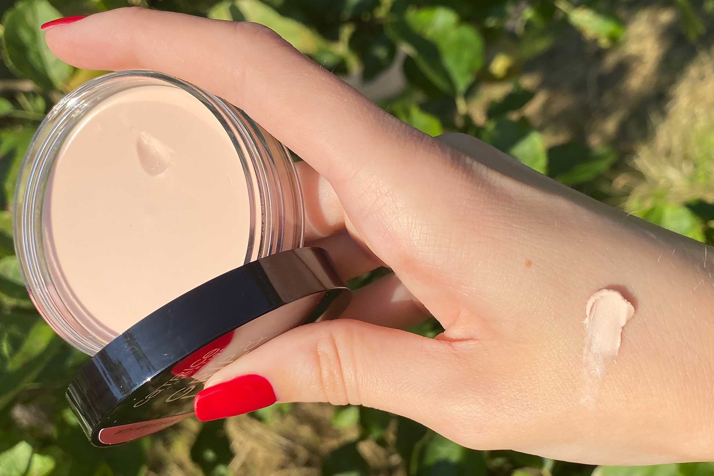 CATRICE grip last putty primer swatch review