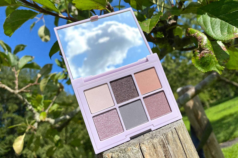 essence i like to mauve it mauve it eyeshadow palette review