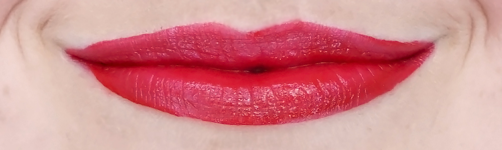 the body shop speak up vinyl lip gloss swatch my voice